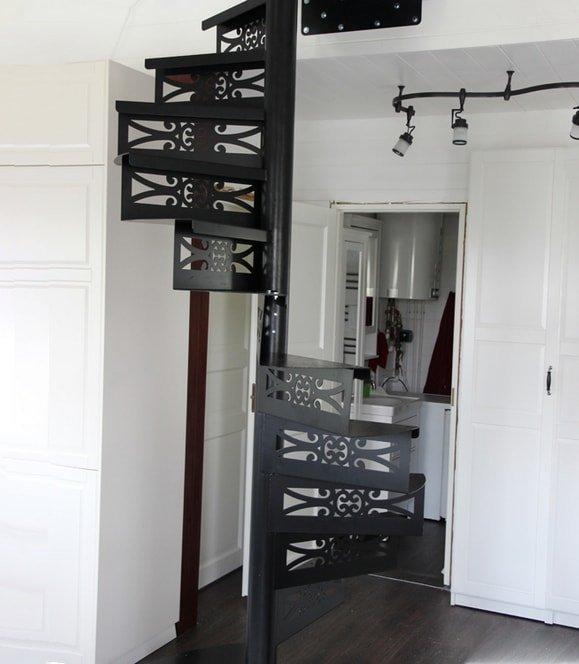 Лестницы на металлическом каркасе до