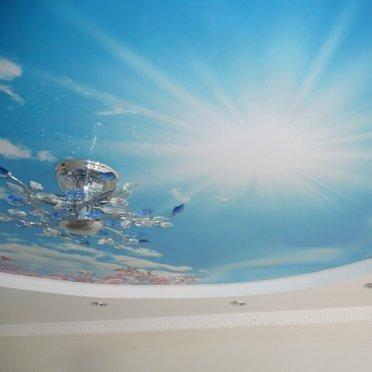 Двухуровневый натяжной потолок фотопечать небо