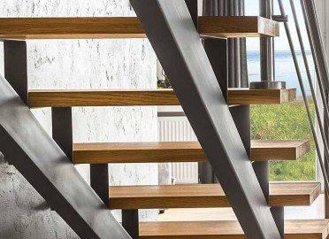 Каркасы для лестницы из металла