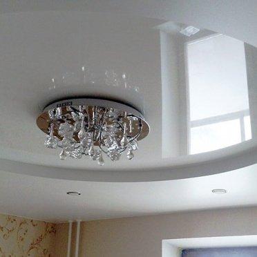 Двухуровневый натяжной потолок круглый